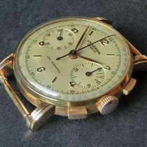 Universal Genève Yellow gold 35mm Manual winding Compax pre-owned