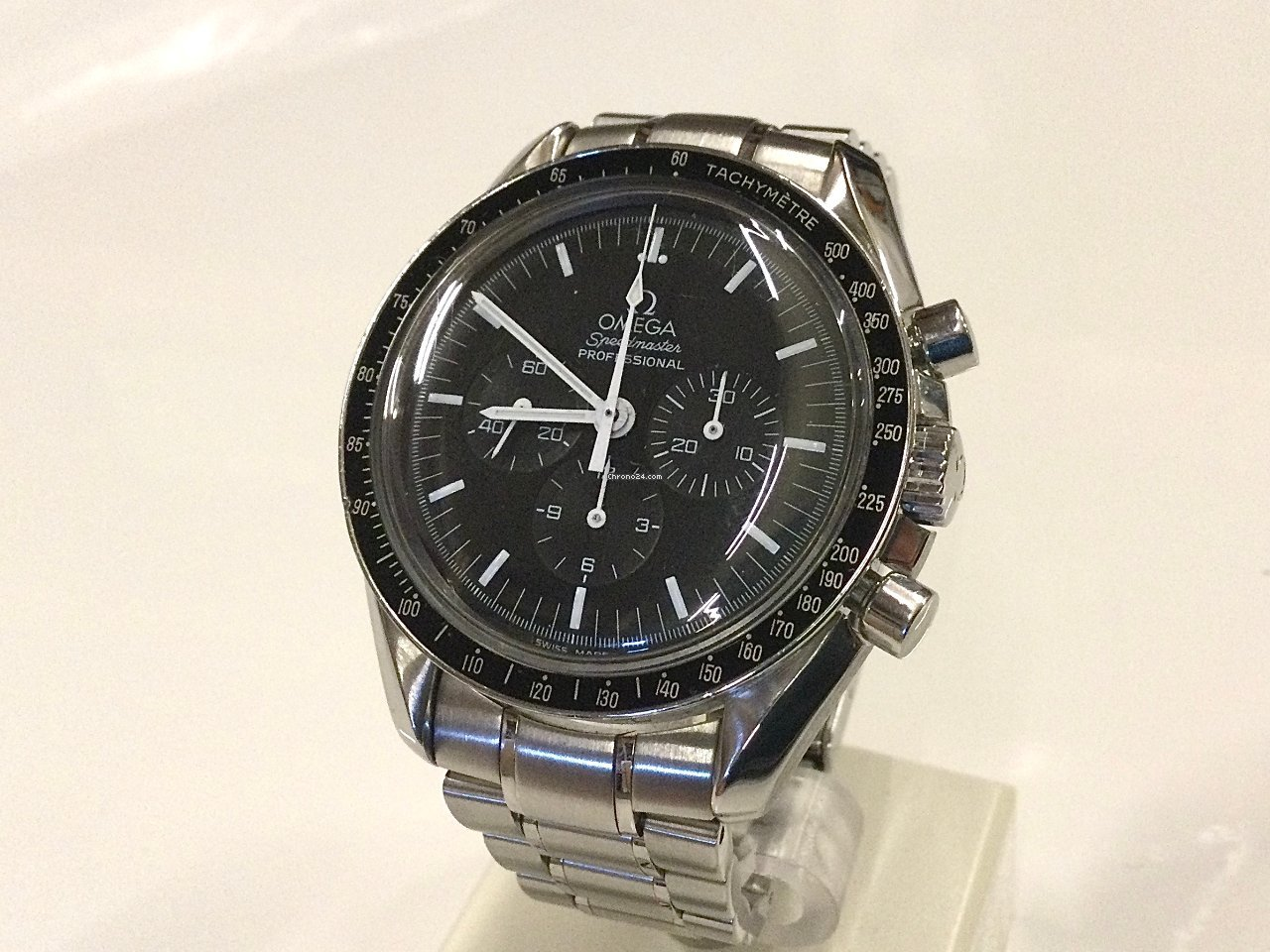 Omega Speedmaster Professional Moonwatch 35605000 1999 pre-owned