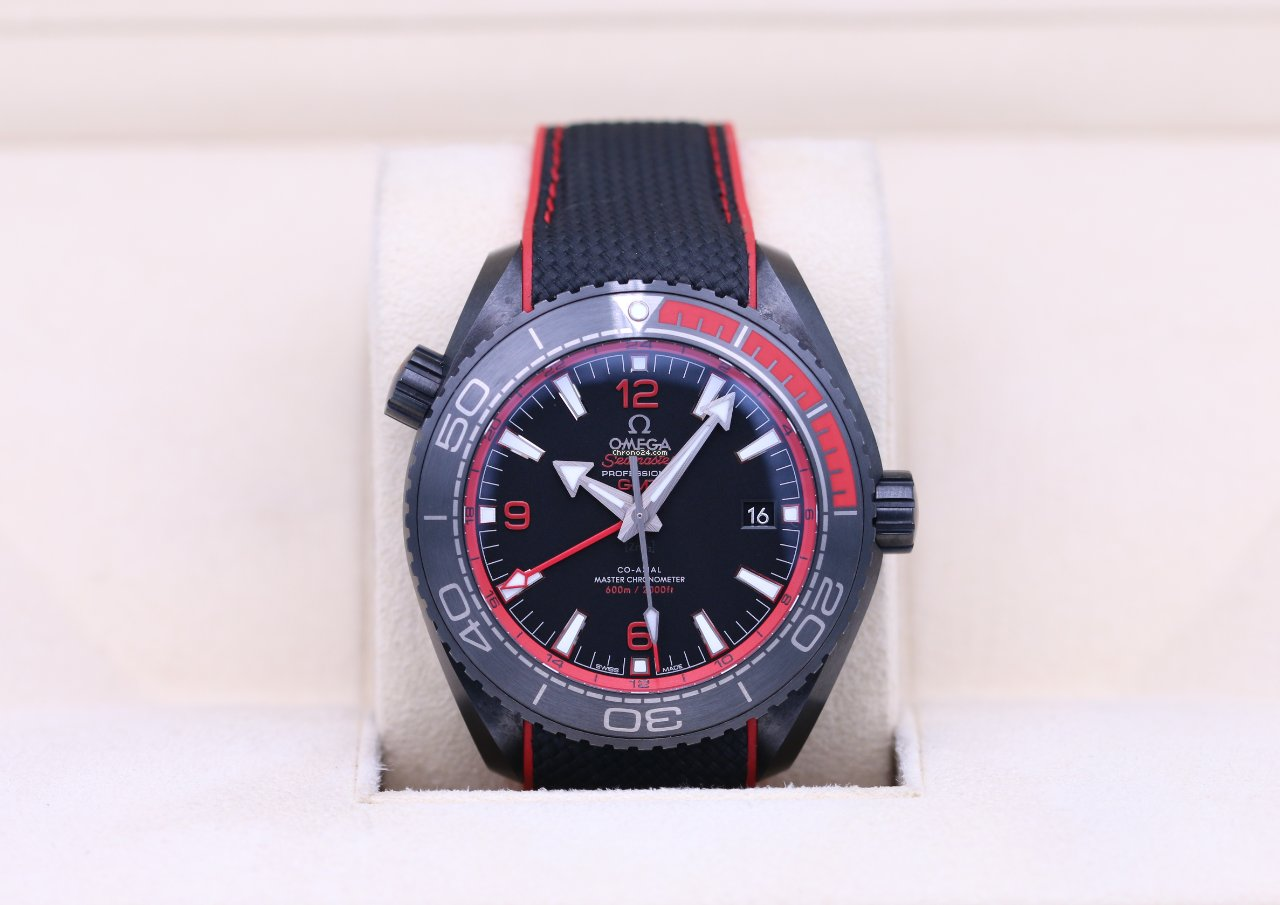 Omega Seamaster Planet Ocean 215.92.46.22.01.003 2021 pre-owned