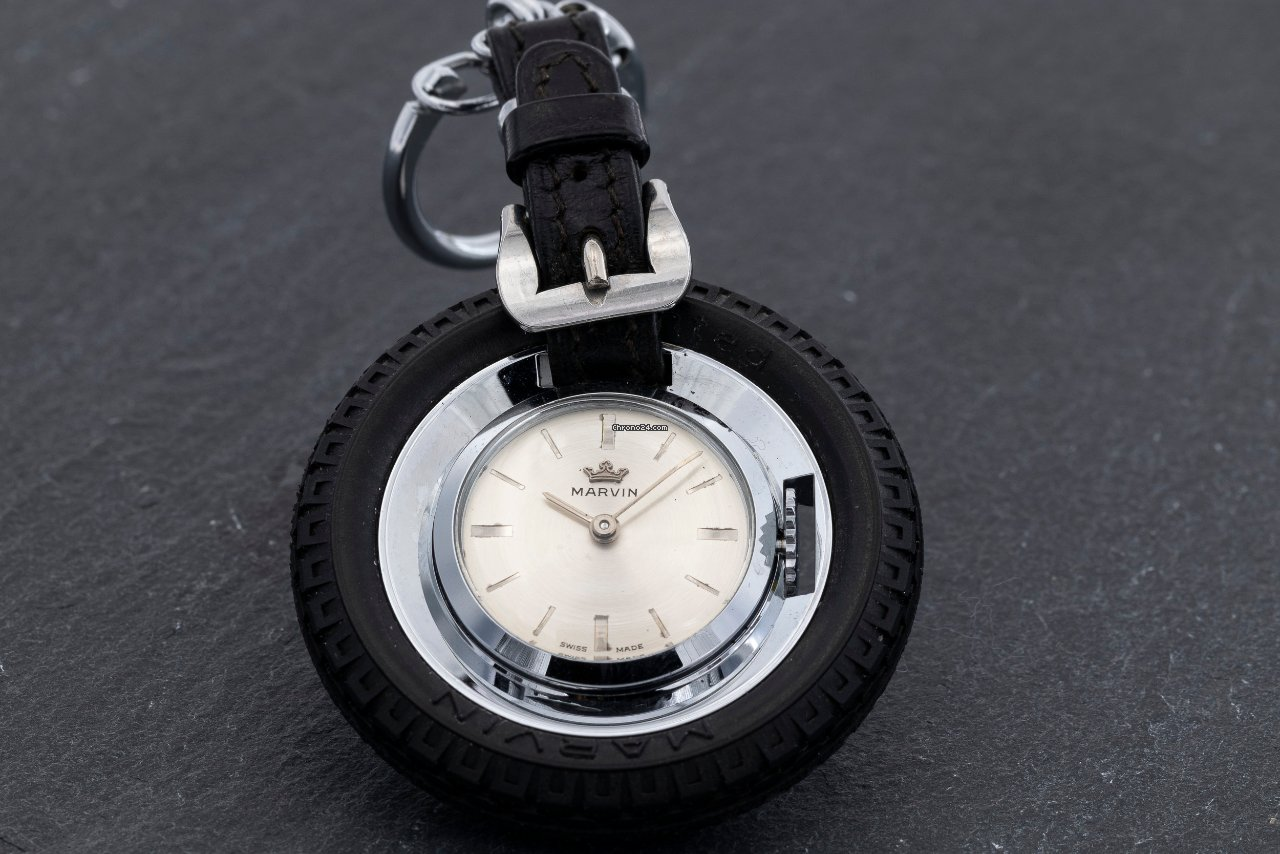 Marvin Marvin Tyre pendant watch, key holder key-ring 1950 подержанные