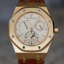 Audemars Piguet Royal Oak Dual Time Aur galben 36mm De culoarea şampaniei