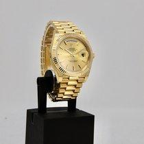 Rolex Day-Date 40 Geelgoud 40mm Goud Geen cijfers Nederland, Velp