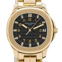 Patek Philippe Yellow gold Automatic Black 38mm pre-owned Aquanaut