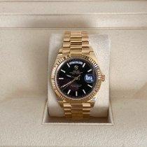 Rolex Day-Date 40 Zuto zlato 40mm Crn