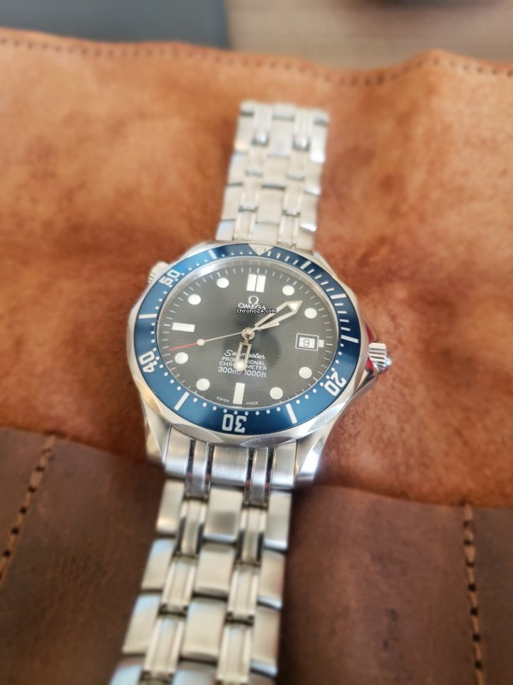 Omega Seamaster Diver 300 M 25318000 2000 pre-owned