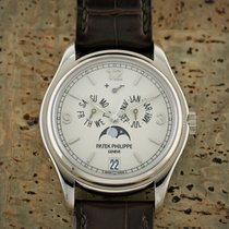 Patek Philippe Annual Calendar Hvidguld 39mm Hvid Arabertal