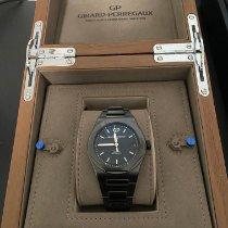 Girard Perregaux Laureato pre-owned 42mm Black Date Ceramic