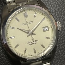 Seiko Spirit Steel 38mm Silver No numerals