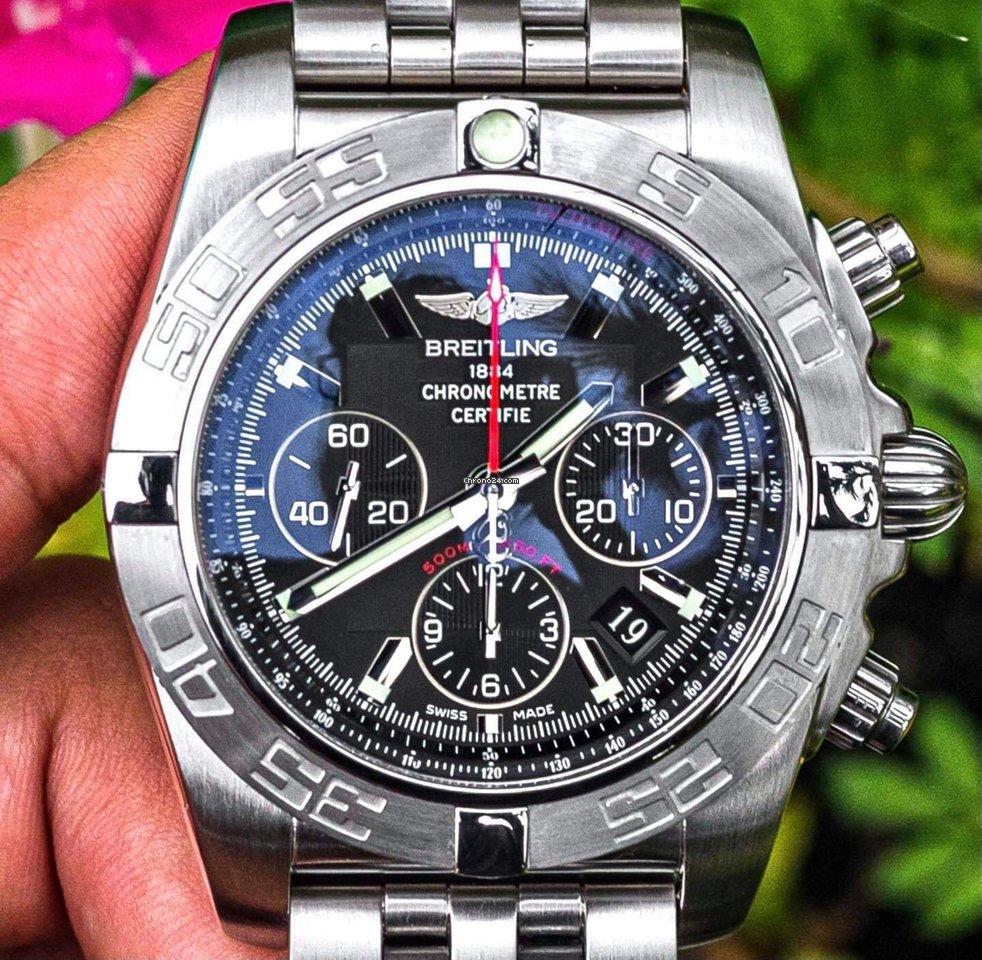 Breitling Chronomat 44 AB011010/BB08 pre-owned