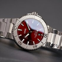 Oris Aquis Date Steel 41.5mm Red No numerals