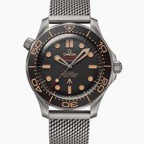 歐米茄 Seamaster Diver 300 M 鈦 42mm 黑色 無數字