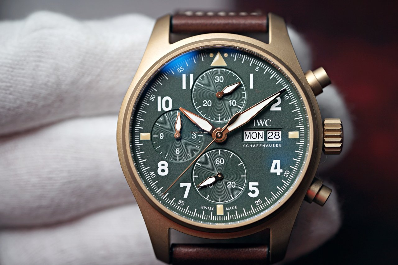 IWC Pilot Spitfire Chronograph IW387902 2021 new