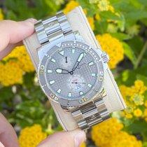 Ulysse Nardin Maxi Marine Diver Steel 42.7mm Silver No numerals United States of America, Arizona, Peoria