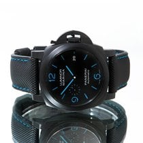 Panerai Pam01661 Carbon 2020 44mm pre-owned