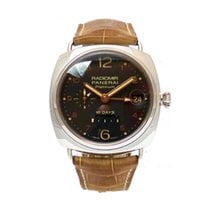 Panerai PAM00495 Platinum 2011 Special Editions 45mm pre-owned
