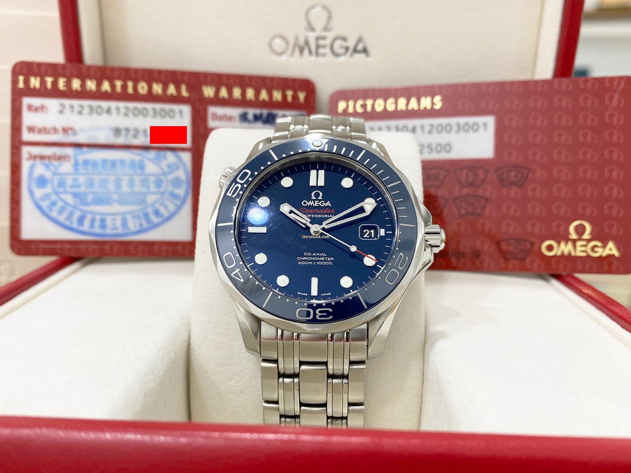 Omega Seamaster Diver 300 M 212.30.41.20.03.001 2015 pre-owned