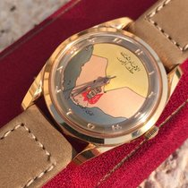Universal Genève Rose gold Automatic Gold pre-owned Polerouter