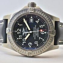 Breitling Avenger Seawolf Titan 44mm Schwarz Arabisch