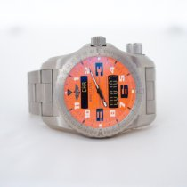 Breitling Emergency Титан Oранжевый