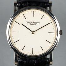 Patek Philippe Calatrava pre-owned 32mm White Leather