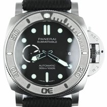 Panerai Luminor Submersible pre-owned 47mm Black Leather