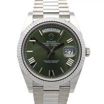 Rolex Day-Date 40 Bílé zlato 40mm Zelená