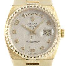 Rolex Day-Date Oysterquartz Oro amarillo 36mm