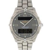 Breitling Aerospace tweedehands 42mm Grijs Chronograaf Panoramadatum Datum Dagaanduiding Maandaanduiding Jaaraanduiding Jaarkalender Eeuwigdurende kalender Wekker GMT Titanium