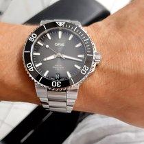 Oris Aquis Date Steel 41.5mm Black No numerals