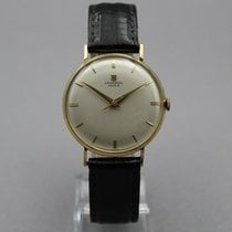Universal Genève Yellow gold 33mm Manual winding pre-owned