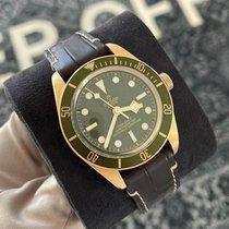 Tudor Yellow gold Automatic Green 39mm new Black Bay