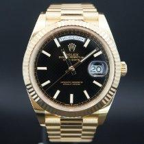 Rolex Day-Date 40 Yellow gold 40mm Black Roman numerals