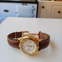 Breitling B-2 Yellow gold 44mm Mother of pearl No numerals