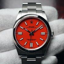 Rolex Oyster Perpetual Çelik 41mm Kırmızı Rakamsız