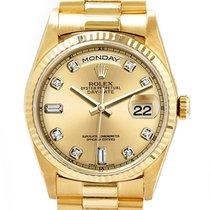 Rolex Day-Date Oro amarillo 36mm Champán