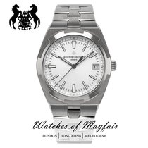 Vacheron Constantin Overseas new Automatic Watch with original box and original papers 4500V/110A-B126 or P4500V/110A-B126