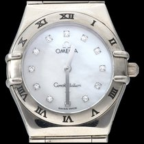 Omega White gold Quartz Mother of pearl No numerals 25mm pre-owned Constellation