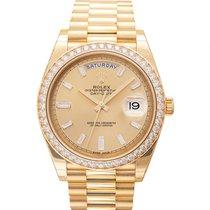 Rolex (ロレックス) デイデイト 40 新品 自動巻き 正規のボックスと正規の書類付属の時計 228348RBR