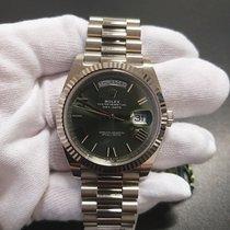 Rolex Day-Date 40 Белое золото Зеленый