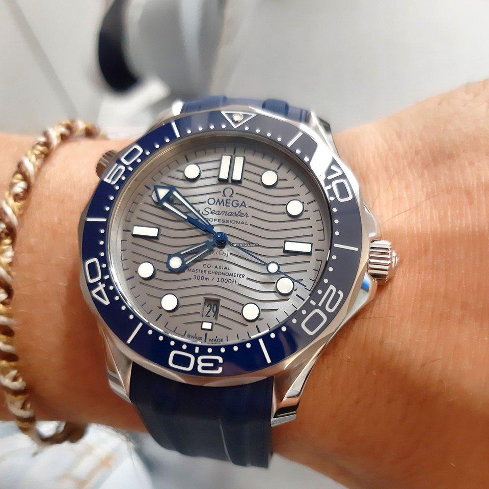 Omega Seamaster Diver 300 M 210.32.42.20.06.001 Omega Diver 300m Sub Ghiera Blu 42mm CInturino Gomma 2021 new