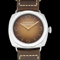 Panerai Special Editions new Manual winding Watch with original box and original papers PAM00687