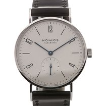 Nomos Tangente 35 Manual Winding