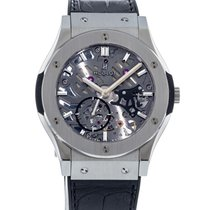 Hublot Classic Fusion Ultra-Thin Titanio 42mm Transparente