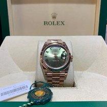 Rolex Day-Date 40 Ruzicasto zlato 40mm Zelen Rimski brojevi
