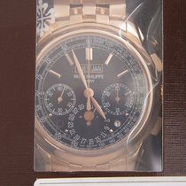 Patek Philippe 5270/1R-001 Rose gold Perpetual Calendar Chronograph 41mm new