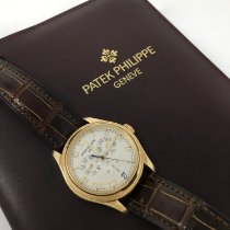 Patek Philippe Annual Calendar Yellow gold 37mm Silver Roman numerals United States of America, California, Los Angeles