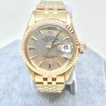 Rolex Vintage Datejust Ladies in 18 kt Gold on Jubilee