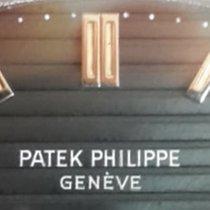 Patek Philippe Nautilus Stahl 42mm Blau