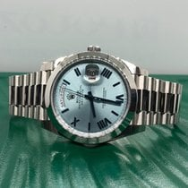 Rolex Day-Date 40 pre-owned 40mm Blue Date Platinum