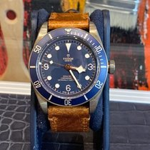 Tudor Black Bay Bronze Bronze 43mm Bleu Arabes France, paris